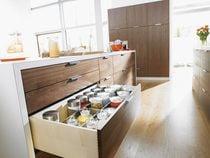 Coulisse invisible pour tiroir bois sortie totale charge 30 kg avec amortisseur blumotion integré